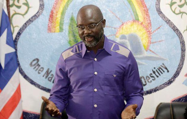 Liberia: le président Weah veut réviser la Constitution et réduire son salaire
