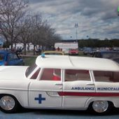 FASCICULE N°11 SIMCA BREAK MARLY AMBULANCE MUNICIPALE ELIGOR 1/43 - car-collector.net