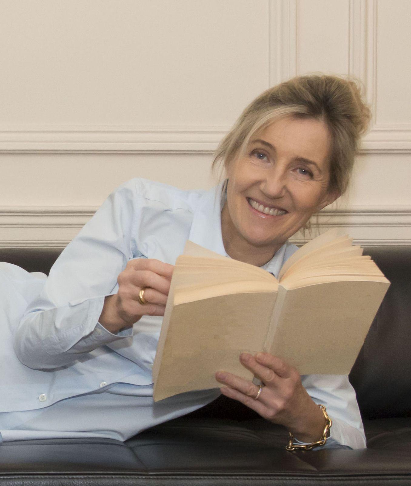 L'écrivain Sylvie Bourgeois signe son nouveau roman à Ramatuelle le jeudi 17 juin 2021