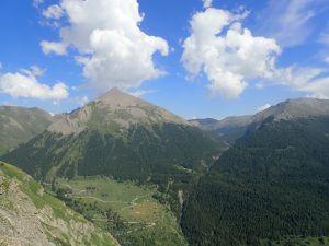 Parmi ces photos : le refuge du Thabor et le refuge d'Ambin. Photo de groupe prise à la Cime du Vallon (3 406 m)