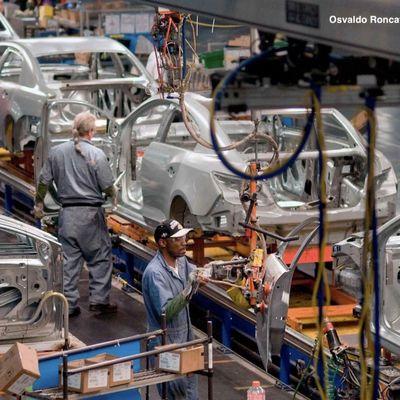 Osvaldo Roncayolo Estandares de Produccion en la Industria Automotriz