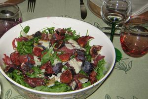 Salade roquette-figues-bresaola