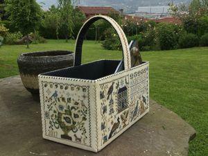 La cesta y la bordadora