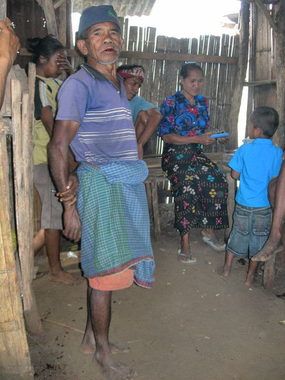 Les habitants de Sumba.