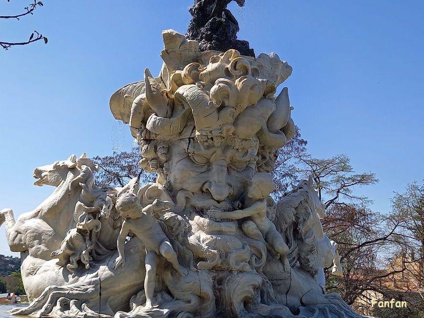 Fontaine des titans, Béziers