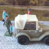 JEEP MILITAIRE JOUET KINDER CHOCOLAT - car-collector.net