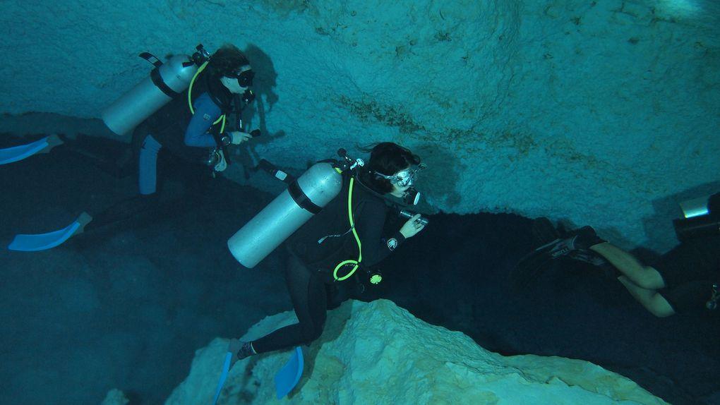 Inmersión Playa del Carmen 06-12-11. Cenote Chac-Mool