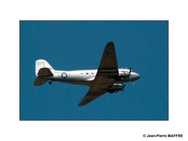 Un rendez-vous incontournable pour les passionnés d'aviation. Les avions et leur mise en scène sont de premier ordre.