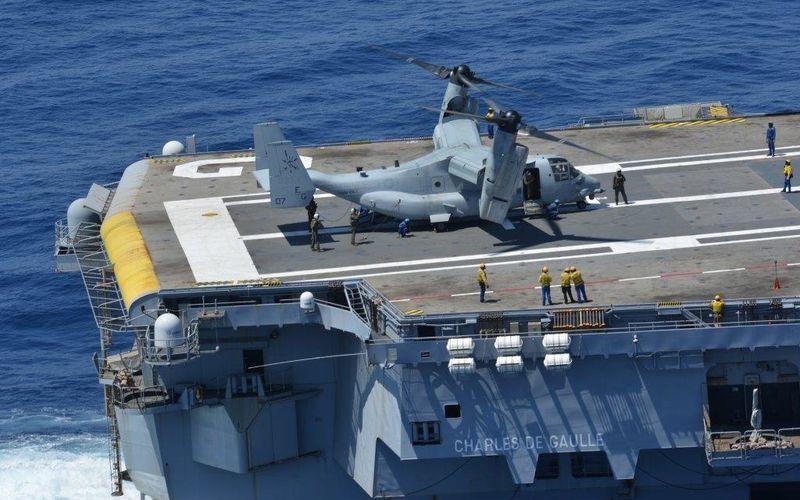 Le MV-22B Osprey teste sa capacité à opérer depuis le porte-avions Charles de Gaulle