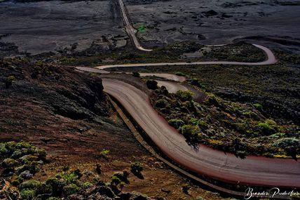 Une route c'est le meilleur endroit pour réfléchir 🤔, te rappeler d'où tu viens, savoir où tu vas.