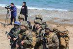 """""""Les États-Unis ont intimidé des hommes d'affaires sud-coréens qui sont allés en République populaire démocratique de Corée"""" (Oleg Kiryanov)"""