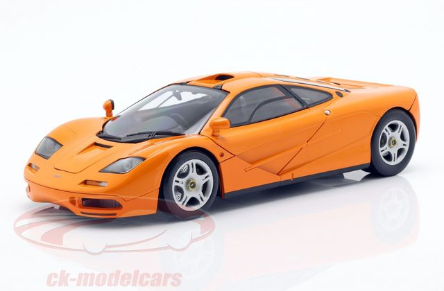 Bon plan : la McLaren F1 orange de Minichamps à 69,95 €