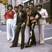 The Isley Brothers: albums, songs, playlists | Listen on Deezer