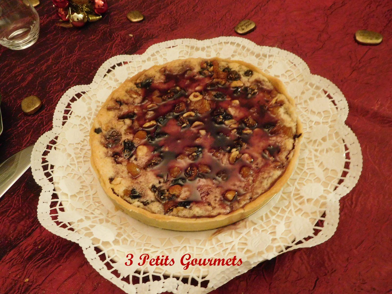Epices de Noël pour cette tarte au vin chaud