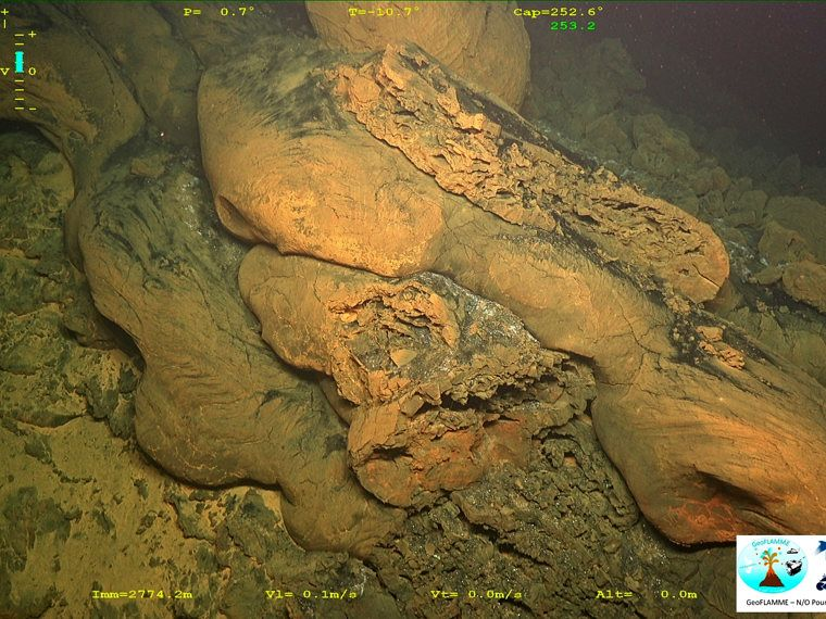 Mayotte submarine volcano - fractured lava tubes - GeoFLAMME campaign 17.04.-25.05.2021