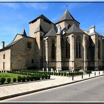 Cathédrale fortifiée d'OLORON SAINTE MARIE - Extérieur