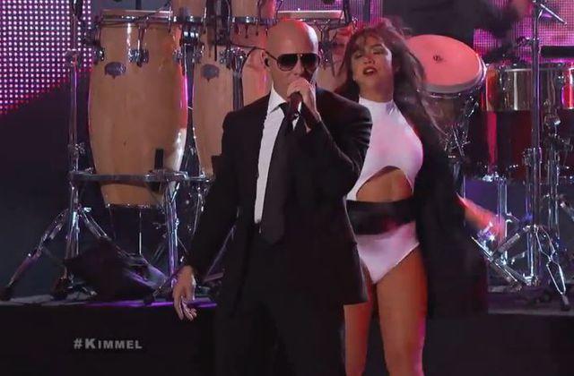 Pitbull interprète Celebrate lors du Jimmy Kimmel Live (Vidéo).