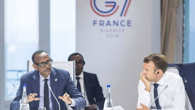 Rwandan President Paul Kagame and French President Emmanuel Macron