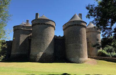 Visitez Lassay en Mayenne