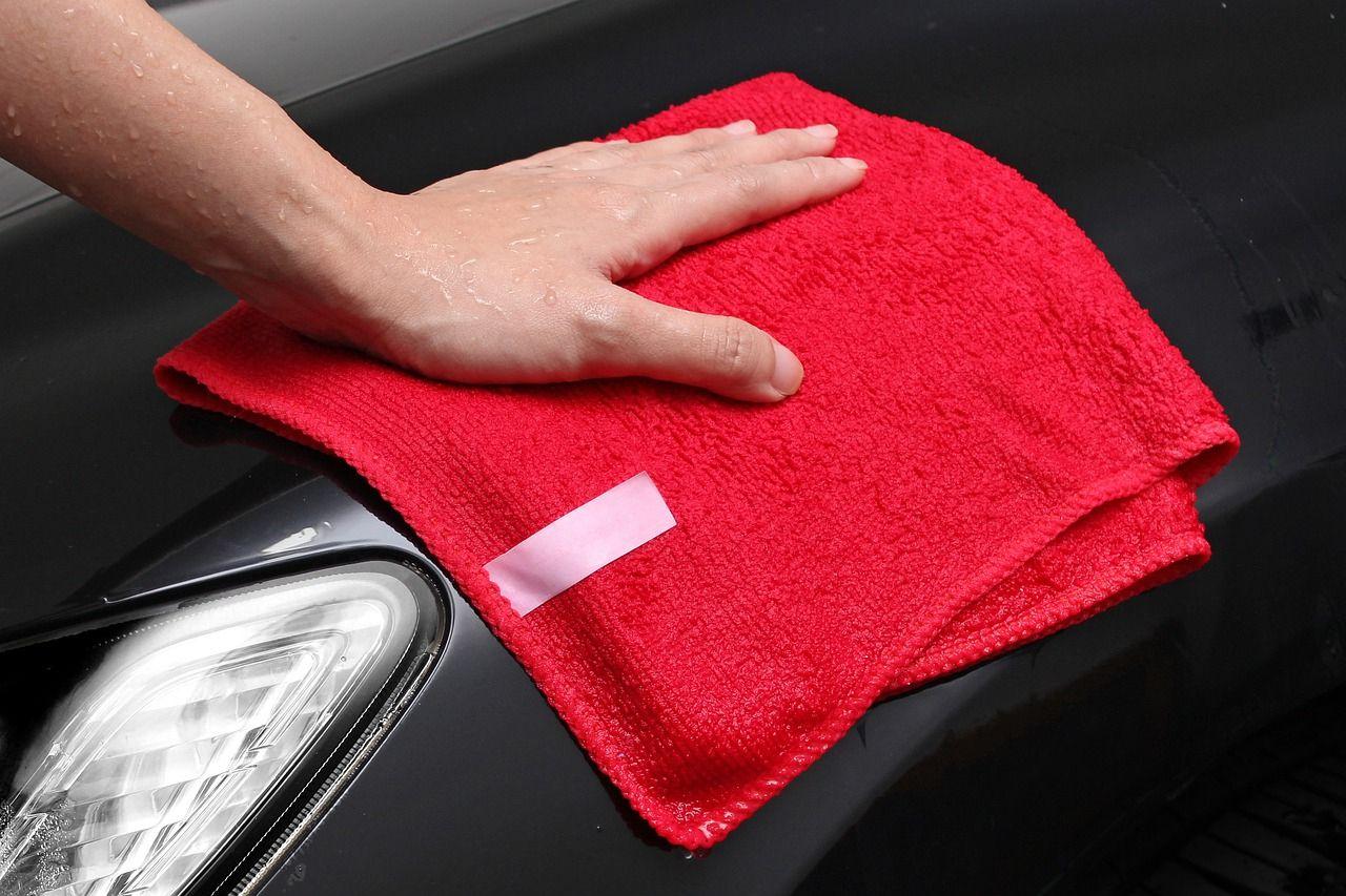 Bichonner sa voiture de luxe avec un traitement céramique