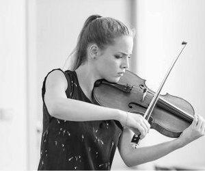 violaine despeyroux, une violoniste française qui aborde tous les types de répertoire en soliste et en musique de chambre