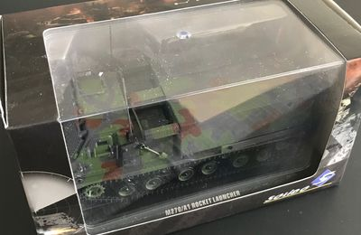 M270/A1 MLRS (Solido - 1/48) & M270 MLRS (Forces of Valor - 1/32)