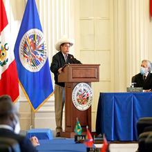 Pedro Castillo revendique la souveraineté du Pérou à Washington devant l'OEA