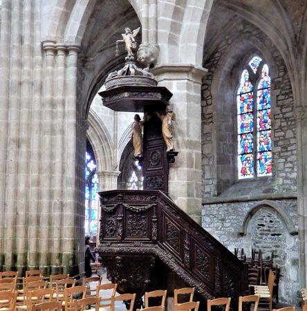 Cathédrale Saint-Tugdual de Tréguier, Bretagne en camping-car