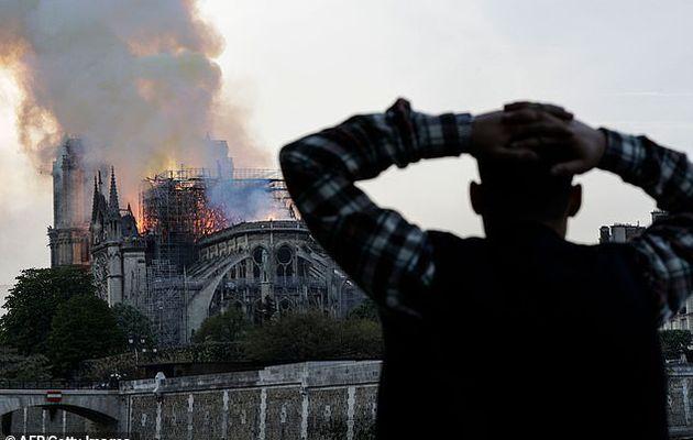 France – Incendie à Notre-Dame: une enquête judiciaire ouverte