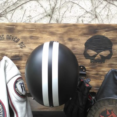 Encore du rangement pour Biker, en l'occurence Harleyiste