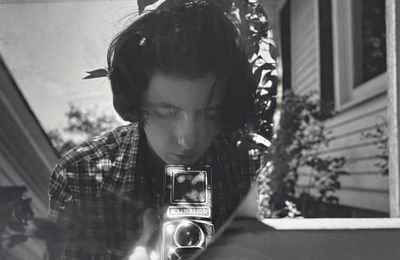 Exposition Photographie Contemporaine: Vivian MAIER  «Self-portraits»
