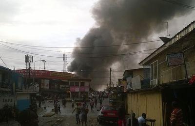 Libreville: Violant incendie au marché petit paris