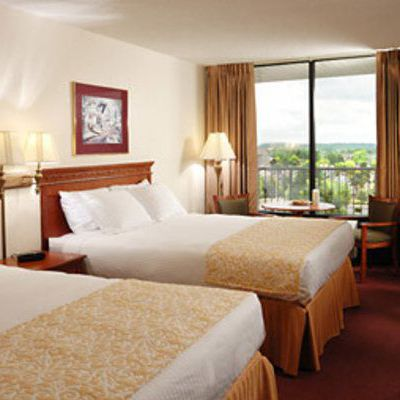Romantic hotels in Iowa