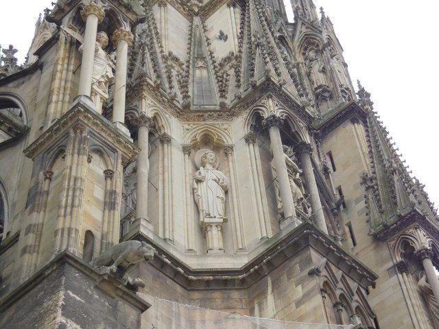 Cathédrale Notre Dame de Reims. Photos Rhonan de Bar (Copyright) sauf Litographies par Chapuy (1826).