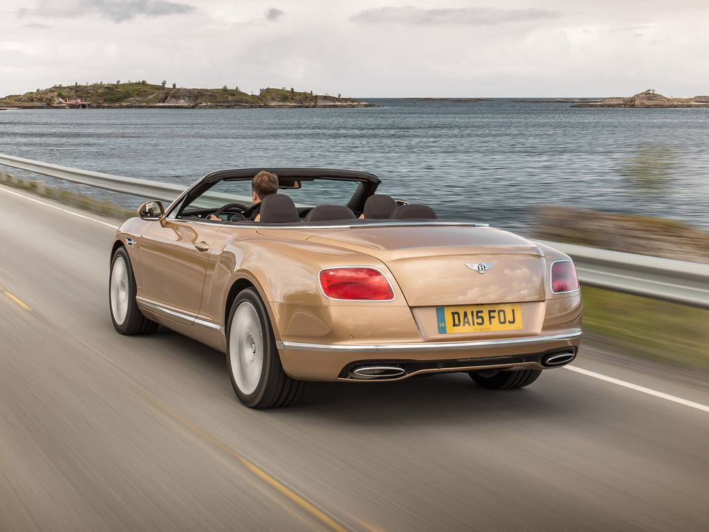VOITURES DE LEGENDE (541) : BENTLEY  CONTINENTAL GTC - 2015