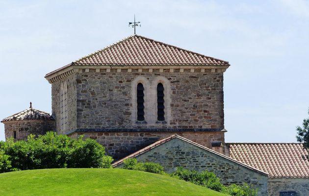 Gros plan sur le prieuré Saint-Nicolas aux Sables d'Olonne