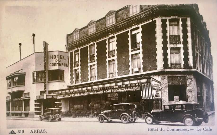 27 rue Gambetta, hôtel du Commerce. Perrée, Legrand, Sallou, architectes, 1928 - Cartes postales : collection privée.