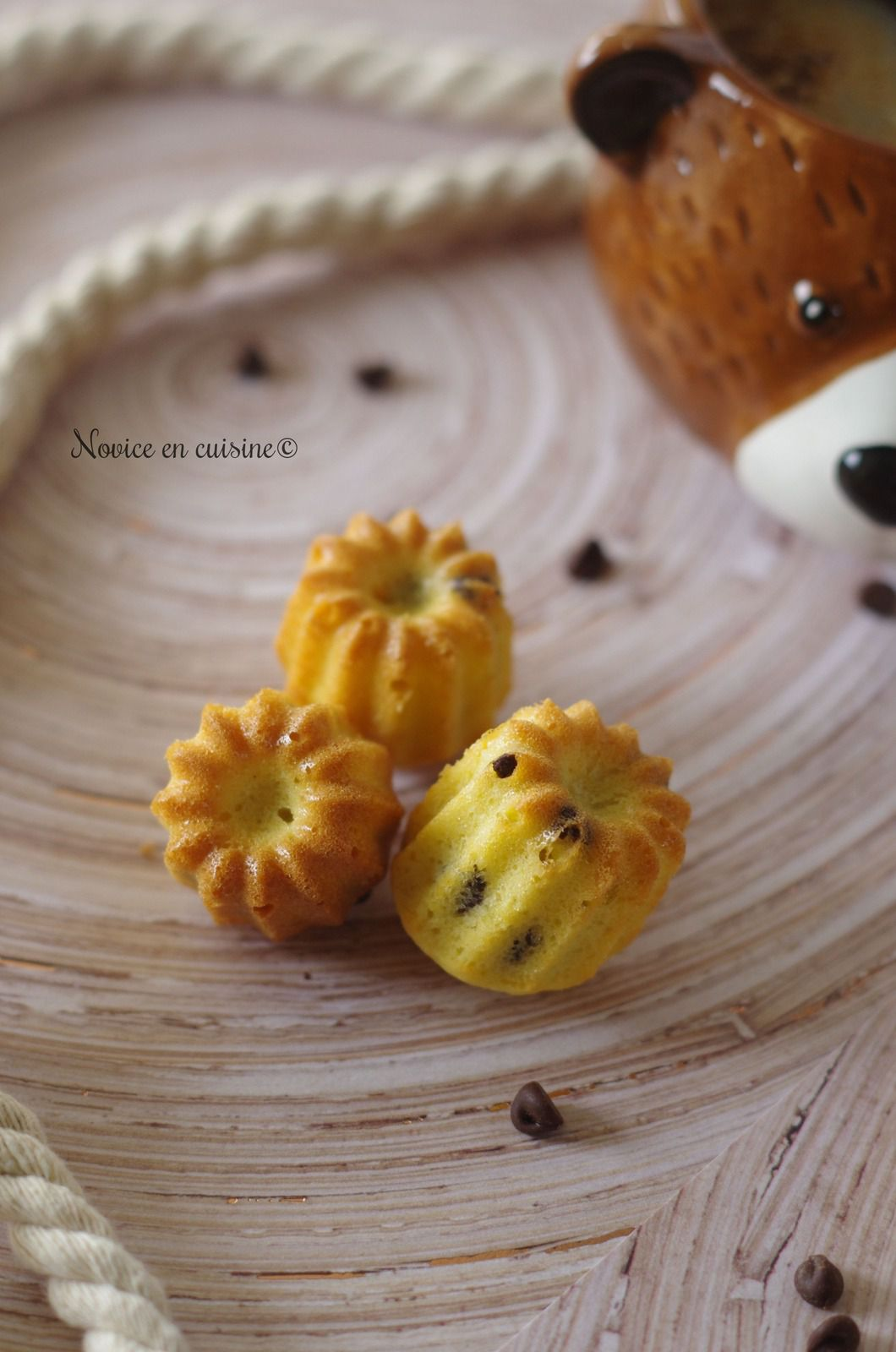 Minis cannelés noix de coco et pépites de chocolat