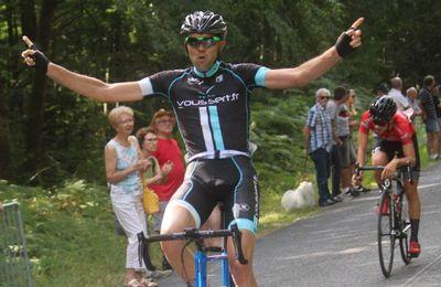 Le 01 août 2021 - prix de La Borne organisé par l'UC Henrichemont avec le concours de la 4S Saint-Satur - seniors 3 - juniors et pass'cyclismes open par Isabelle MOREUX