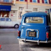 RENAULT 4L BLEUE DINKY TOYS 1/43 - car-collector.net