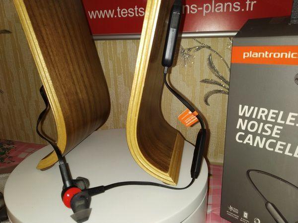 avis casque tour de cou à écouteurs intra-auriculaires Bluetooth Plantronics BackBeat GO 410 @ Tests et Bons Plans