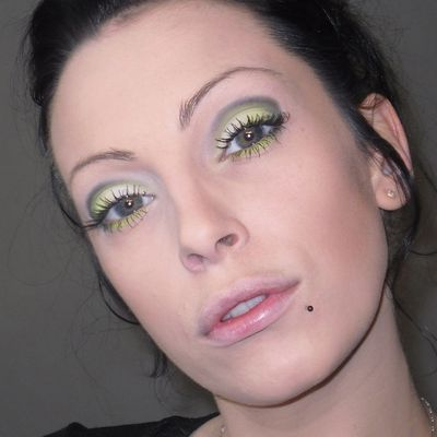 Make Up Vert Fluo