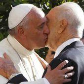 """Shimon Peres demande au pape de prendre la tête d'une """"ONU des religions"""" - MOINS de BIENS PLUS de LIENS"""