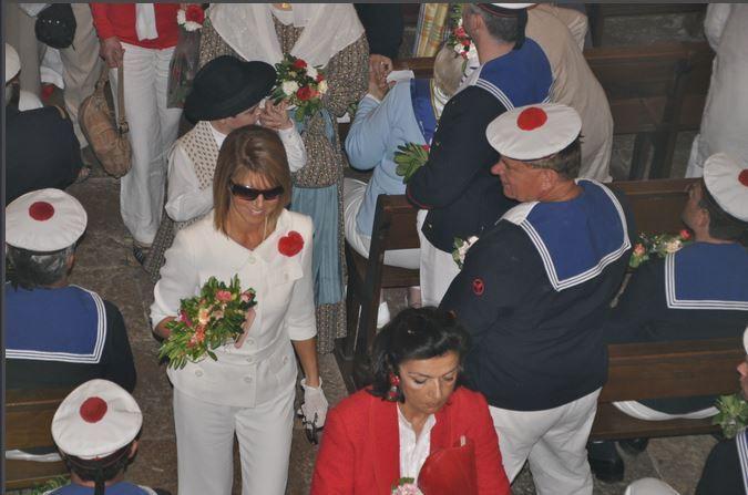 La messe des Mousquetaires est la cérémonie majeure du deuxième jour des Bravades
