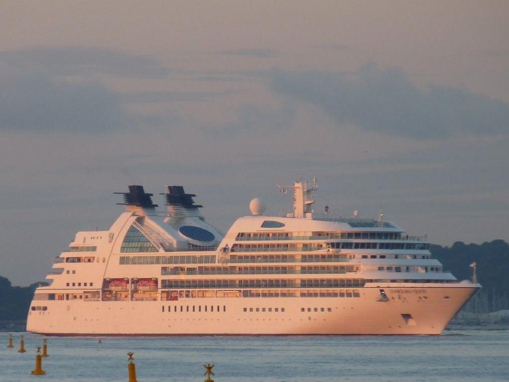 SEABBOUN QUEST , arrivant dans le port de toulon  le 08 octobre 2013