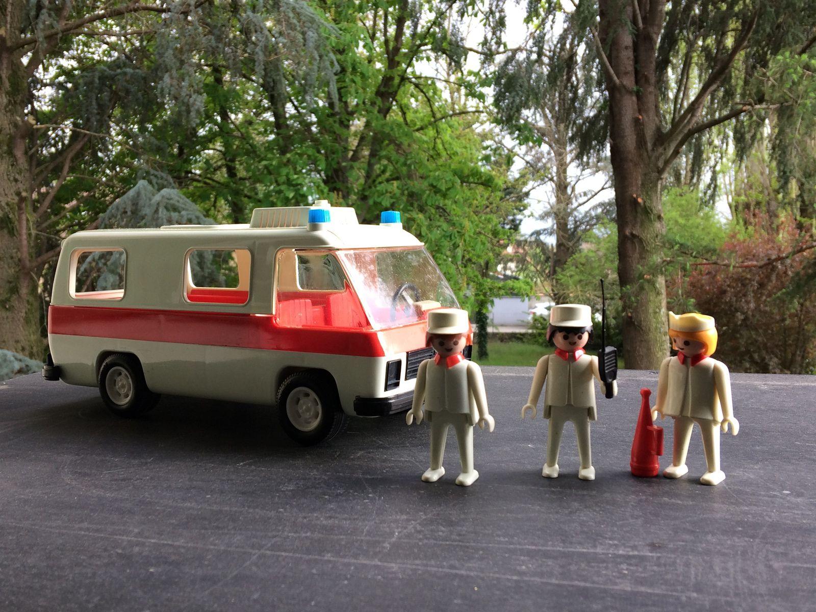 Restauration de la camionnette Playmobil de 1977