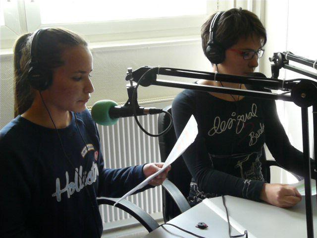 Quelques images des élèves de Littérature et société à l'antenne