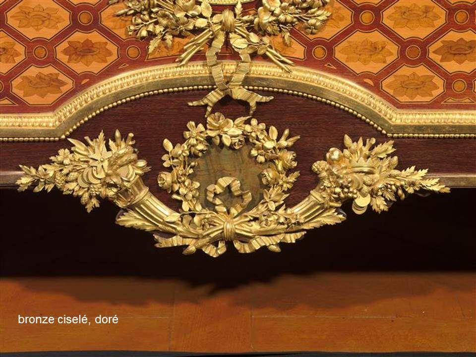 images de la séance de février 2020: mobilier du 18ème siècle