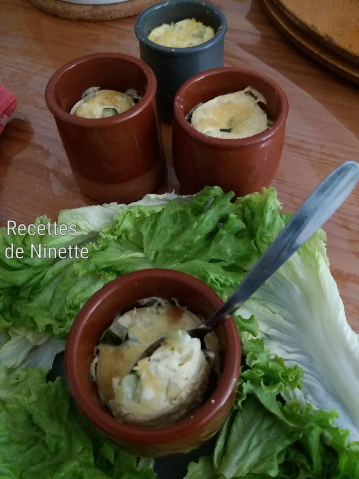 Flans de pain perdu, courgettes et feta