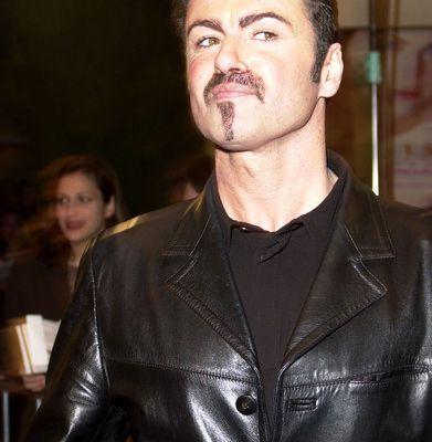 GEORGE MICHAEL - GEORGE MICHAEL EN COLLABORATION SUR L'ALBUM ( THIS TIME TOMORROW ) !!